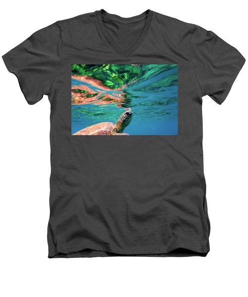 Hono Abstract Men's V-Neck T-Shirt