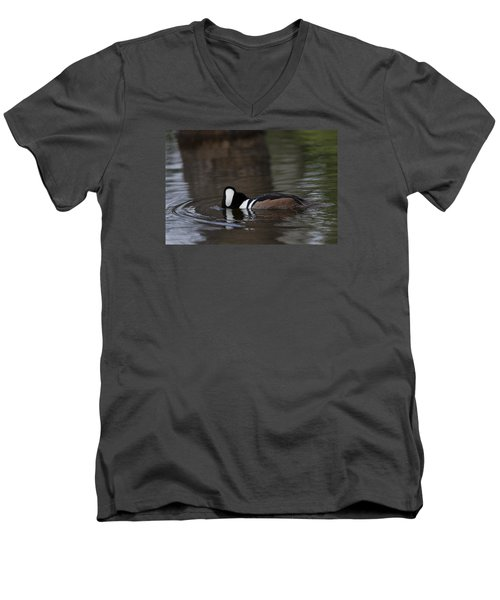Hooded Merganser Preparing To Dive Men's V-Neck T-Shirt