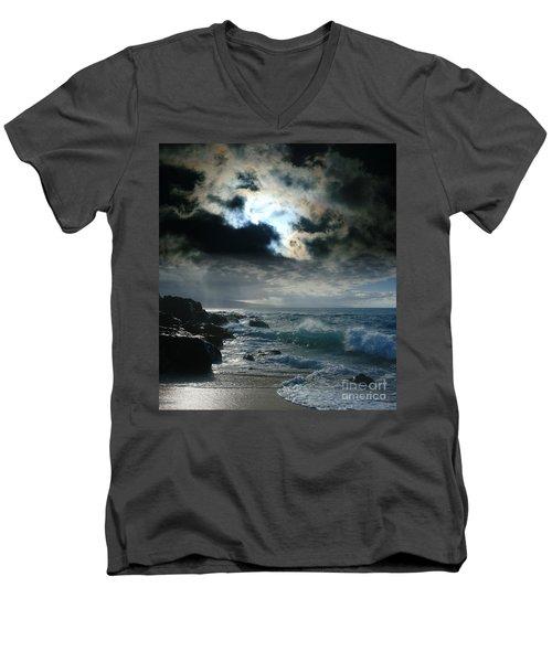 Hookipa Waiola  O Ka Lewa I Luna Ua Paaia He Lani Maui Hawaii  Men's V-Neck T-Shirt