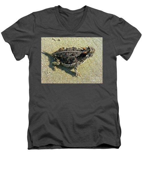 Horny Toad Lizard Men's V-Neck T-Shirt