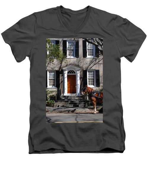 Horse Carriage In Charleston Men's V-Neck T-Shirt