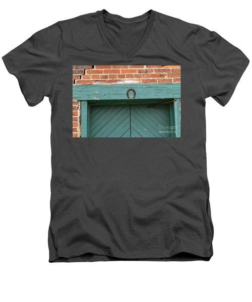 Horse Shoe On Old Door Frame Men's V-Neck T-Shirt