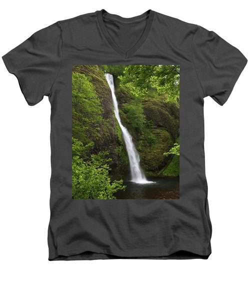 Horsetail Falls Men's V-Neck T-Shirt