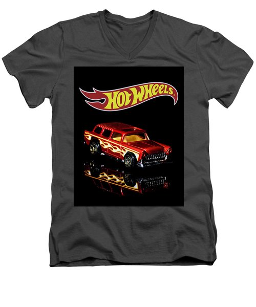 Hot Wheels '55 Chevy Nomad 2 Men's V-Neck T-Shirt