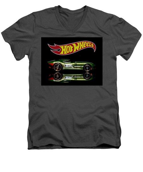 Hot Wheels Fast Felion Men's V-Neck T-Shirt