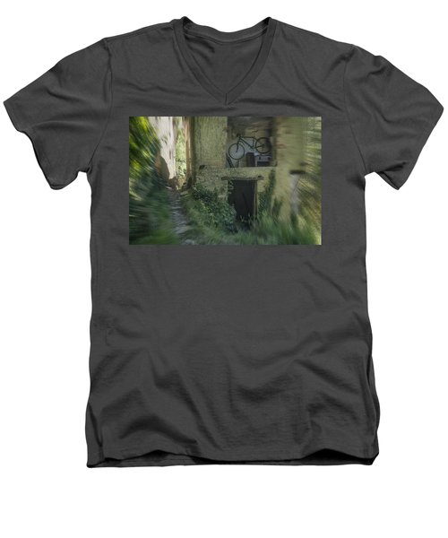 House With Bycicle Men's V-Neck T-Shirt
