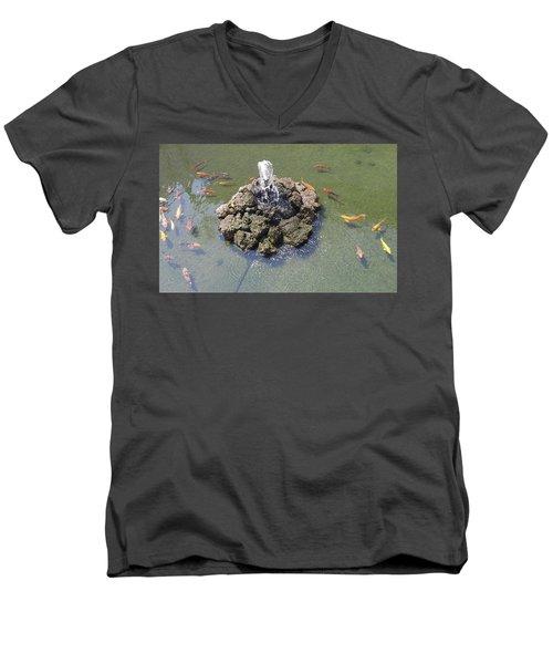 How Koi Men's V-Neck T-Shirt