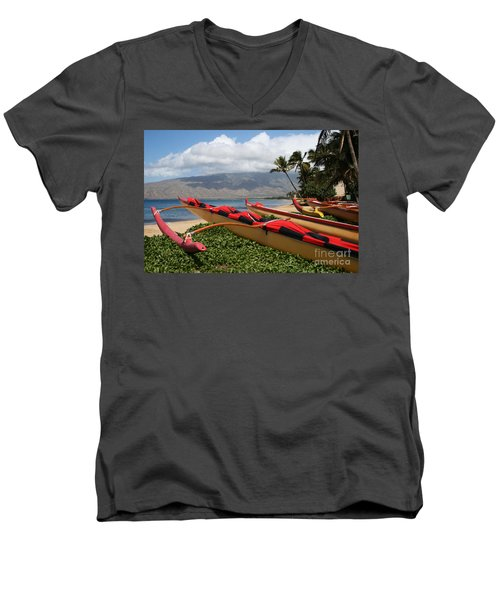 Hui Waa O Kihei Men's V-Neck T-Shirt