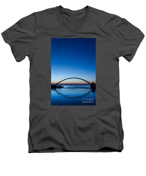 Humber River Dawn Men's V-Neck T-Shirt