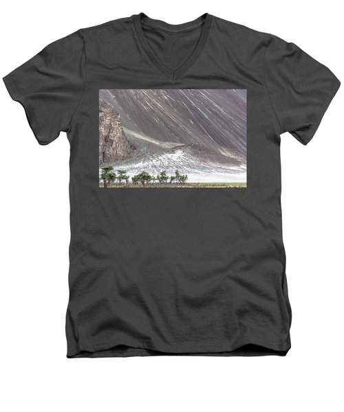 Hunder Desert Men's V-Neck T-Shirt by Hitendra SINKAR
