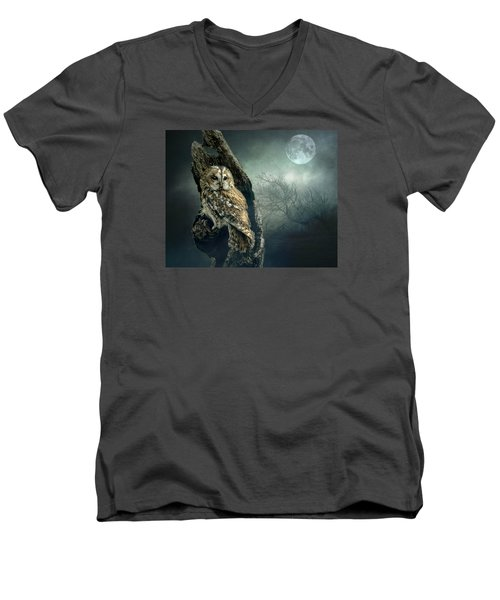 Hunter's Moon Men's V-Neck T-Shirt by Brian Tarr