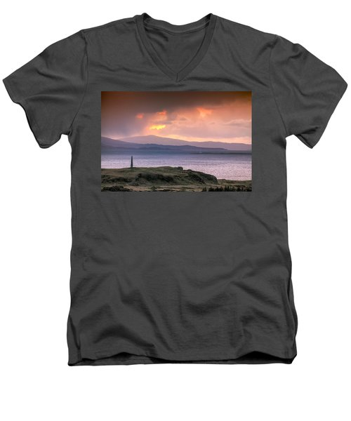 Hutcheson's Monument On The Isle Of Kerrera At Sunset Men's V-Neck T-Shirt