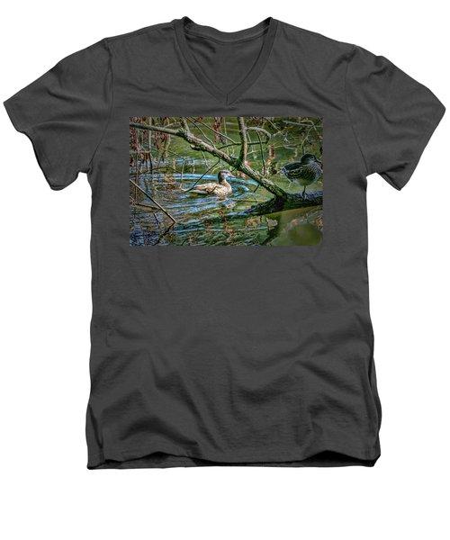 I Am Pritty #h9 Men's V-Neck T-Shirt