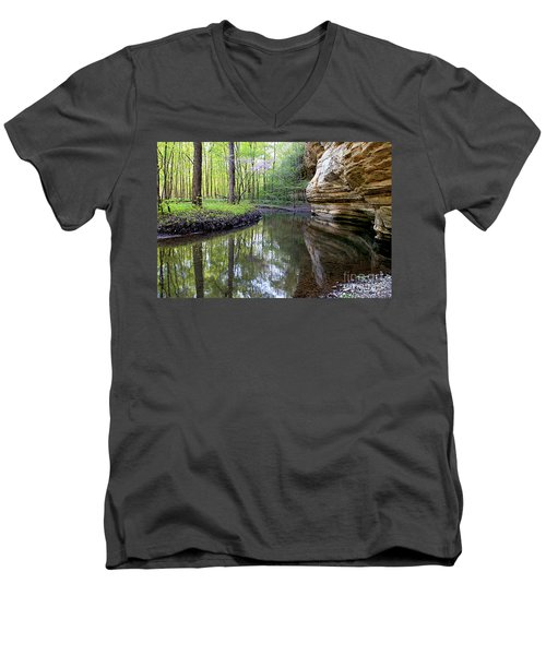 Illinois Canyon In Spring Starved Rock State Park Men's V-Neck T-Shirt