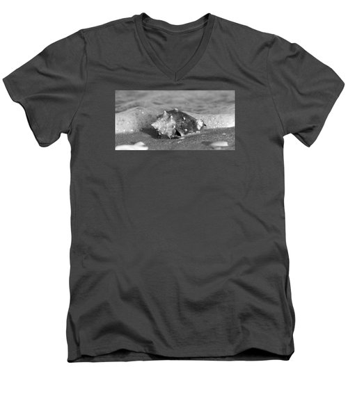 In The Rough Men's V-Neck T-Shirt