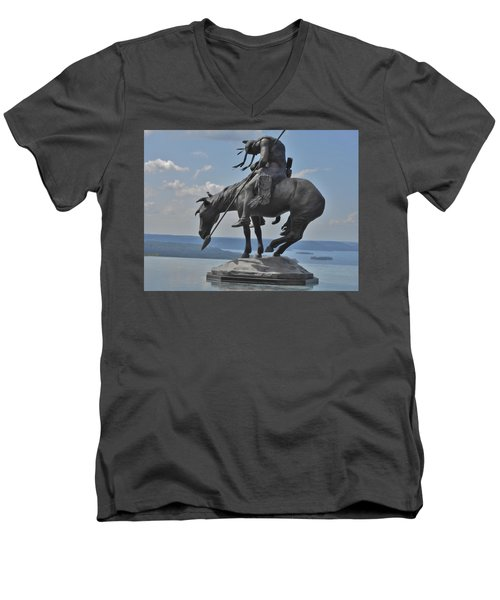 Indian Statue Infinity Pool Men's V-Neck T-Shirt