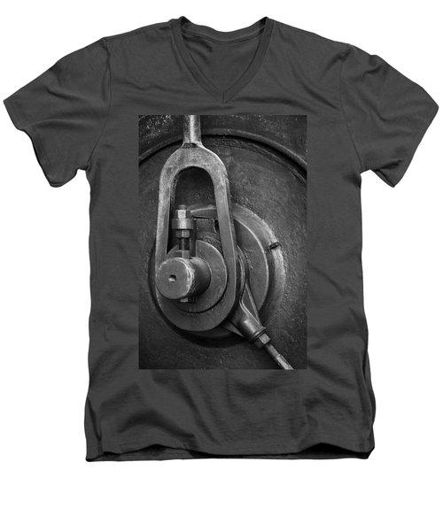 Industrial Detail Men's V-Neck T-Shirt