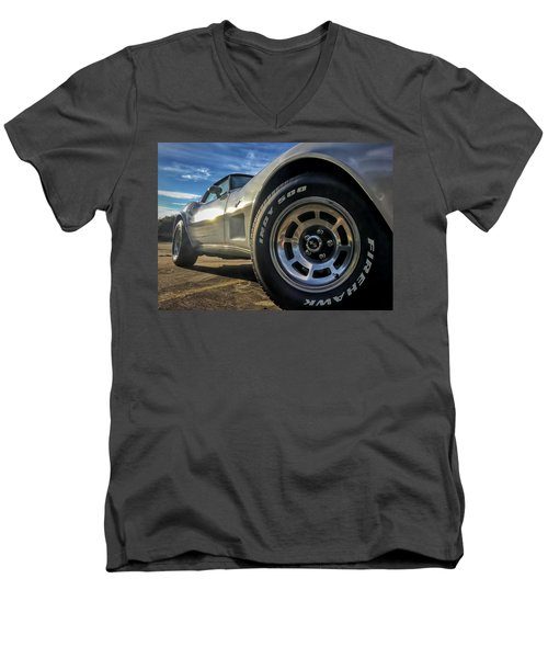 Indy 500 Color Men's V-Neck T-Shirt