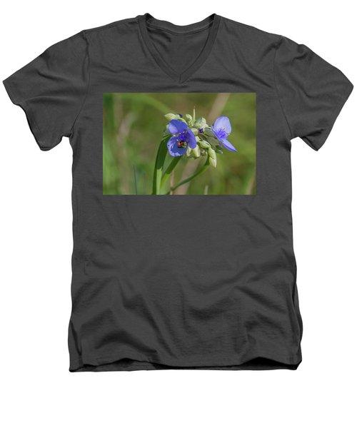 Inl-12 Men's V-Neck T-Shirt