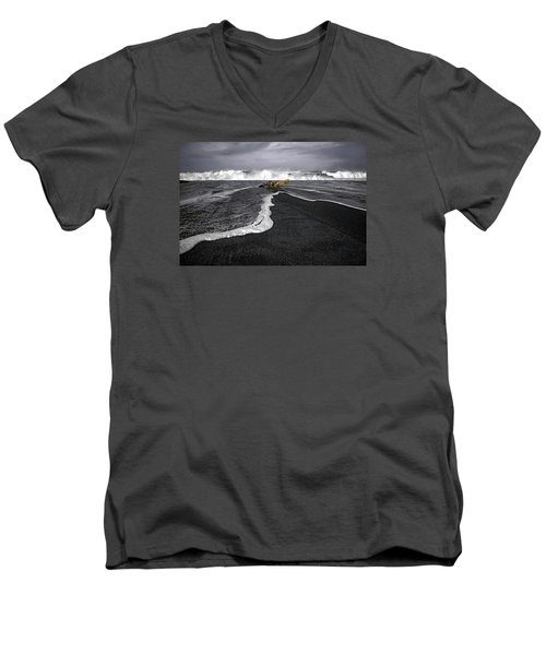Inspirational Liquid Men's V-Neck T-Shirt