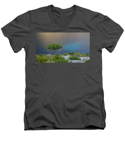 Intertwined Men's V-Neck T-Shirt