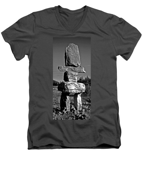 Inukshuk Men's V-Neck T-Shirt