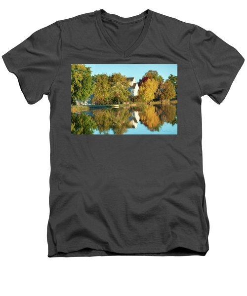 Iola Mill Fall View Men's V-Neck T-Shirt