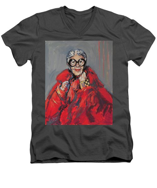 Iris Apfel Style Icon Men's V-Neck T-Shirt