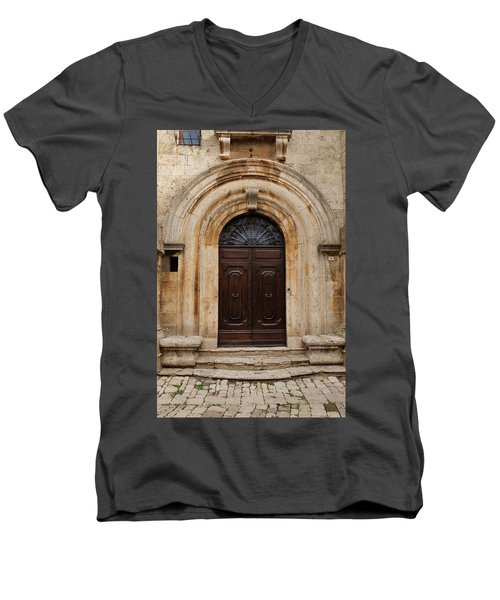Italy - Door Eighteen Men's V-Neck T-Shirt