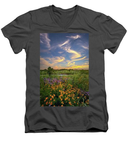It's Time To Relax Men's V-Neck T-Shirt
