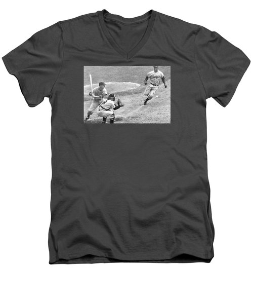 Jackie Robinson Stealing Home Yogi Berra Catcher In 1st Game 1955 World Series Men's V-Neck T-Shirt