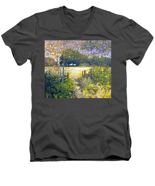 Jeremiahs Field Men's V-Neck T-Shirt