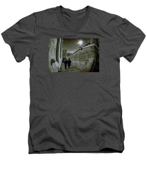 Jewish Promenade Men's V-Neck T-Shirt