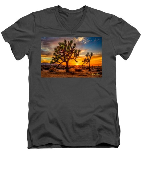Joshua Tree Glow Men's V-Neck T-Shirt