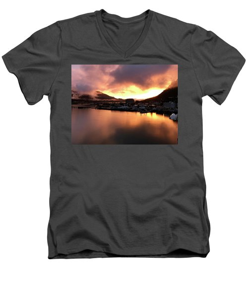 Juneau Sunset Men's V-Neck T-Shirt