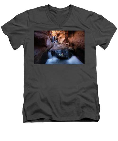 Men's V-Neck T-Shirt featuring the photograph Kanarra Creek by Wesley Aston