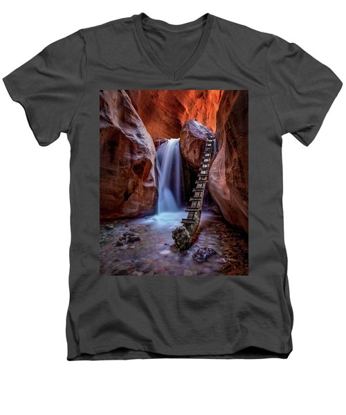 Kanarraville Falls Men's V-Neck T-Shirt