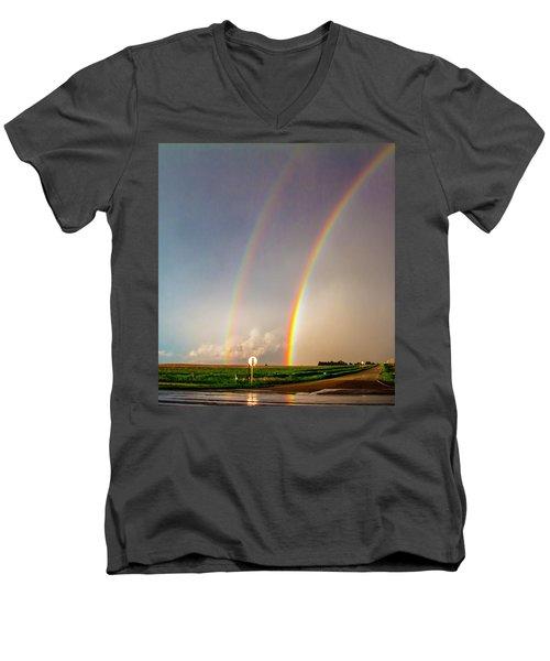 Kansas Storm Chase Bust Day 007 Men's V-Neck T-Shirt