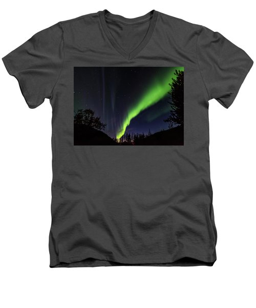 Kantishna Northern Lights In Denali National Park Men's V-Neck T-Shirt