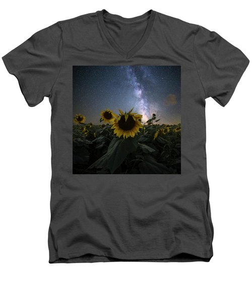 Men's V-Neck T-Shirt featuring the photograph Keep Your Head Up by Aaron J Groen