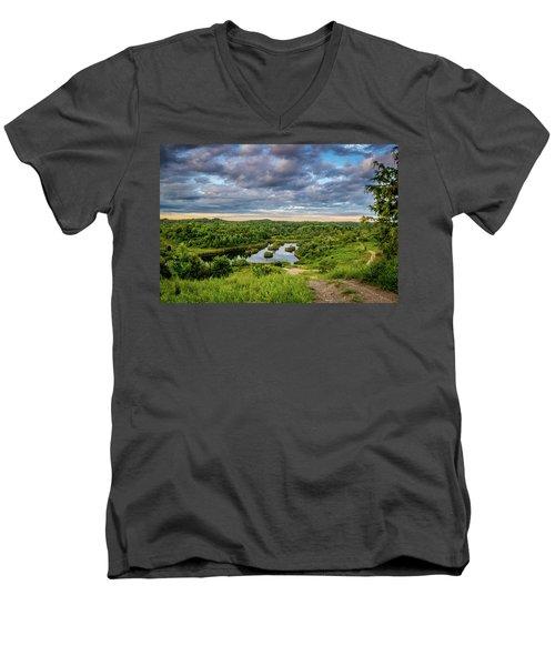 Kentucky Hills And Lake Men's V-Neck T-Shirt