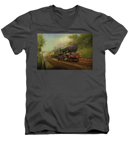 King In Sonning Cutting. Men's V-Neck T-Shirt