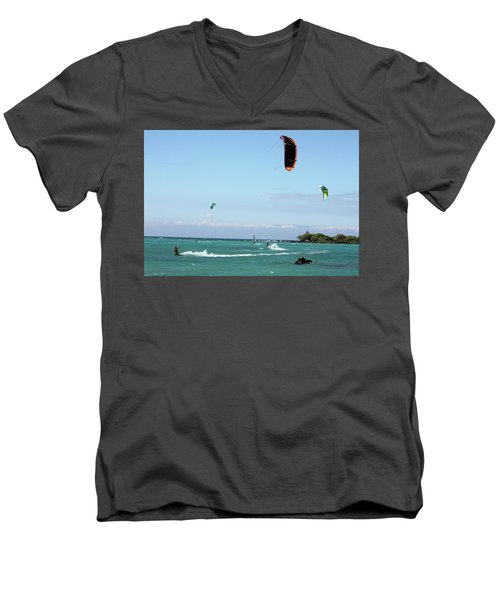 Kite Surfers And Maui Men's V-Neck T-Shirt
