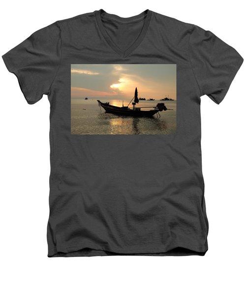Ko Tao In Evening Men's V-Neck T-Shirt