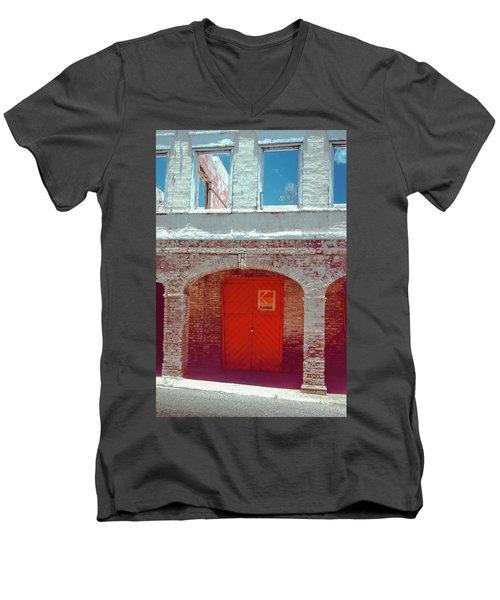 Kodak Door Men's V-Neck T-Shirt