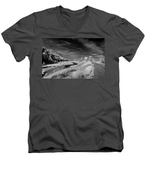 Kootenai Wildlife Refuge In Infrared 2 Men's V-Neck T-Shirt