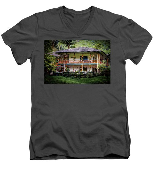 La Finca De Cafe - The Coffee Farm Men's V-Neck T-Shirt