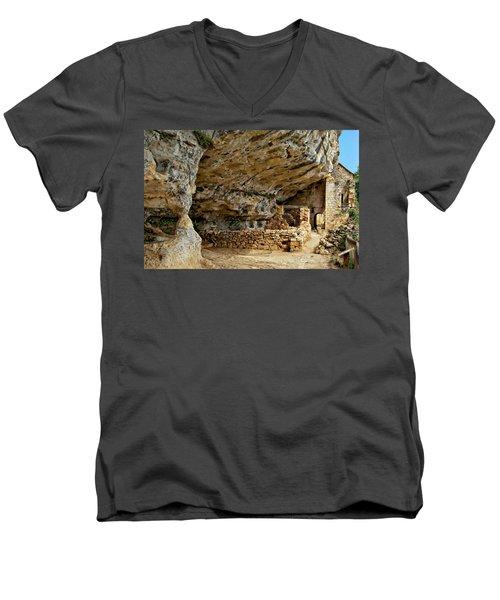 La Madeleine Ruins Men's V-Neck T-Shirt