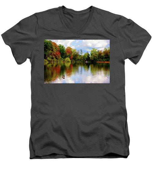 Lake At Forest Park Men's V-Neck T-Shirt