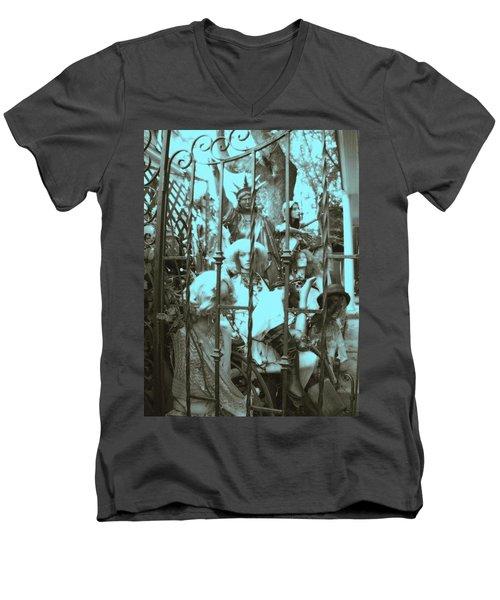 America Land Of The Free Men's V-Neck T-Shirt